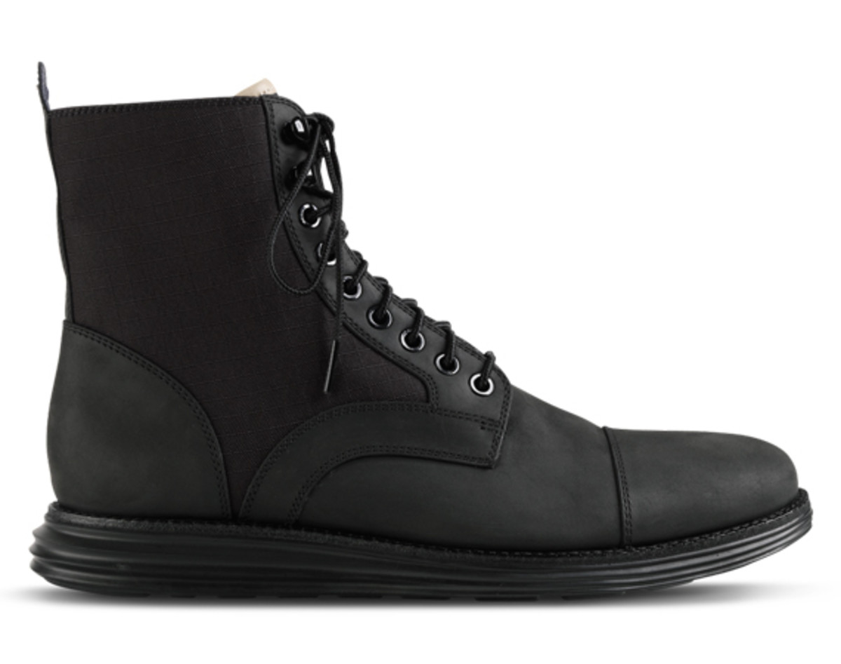 cole-haan-lunargrand-lace-boot-black-01