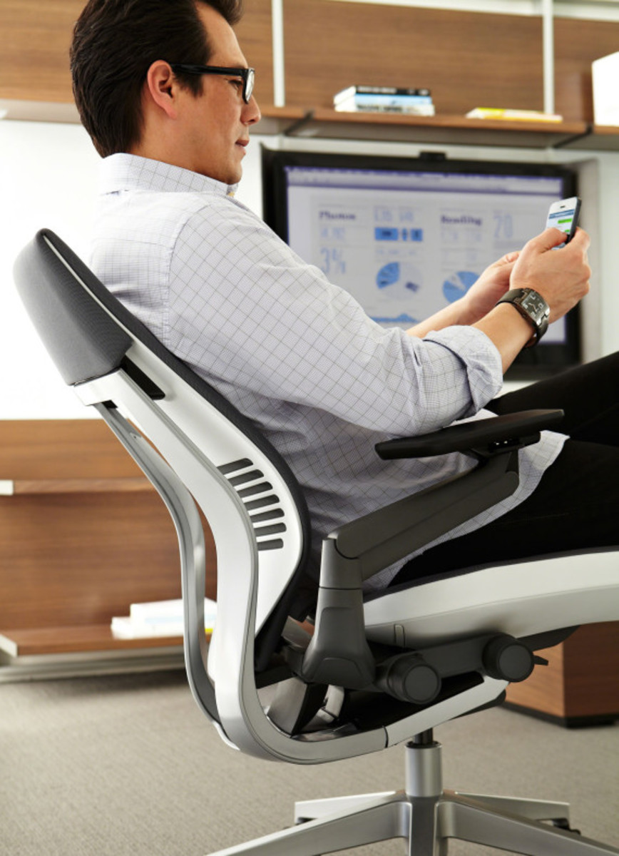 steelcase-gesture-chair-available-10