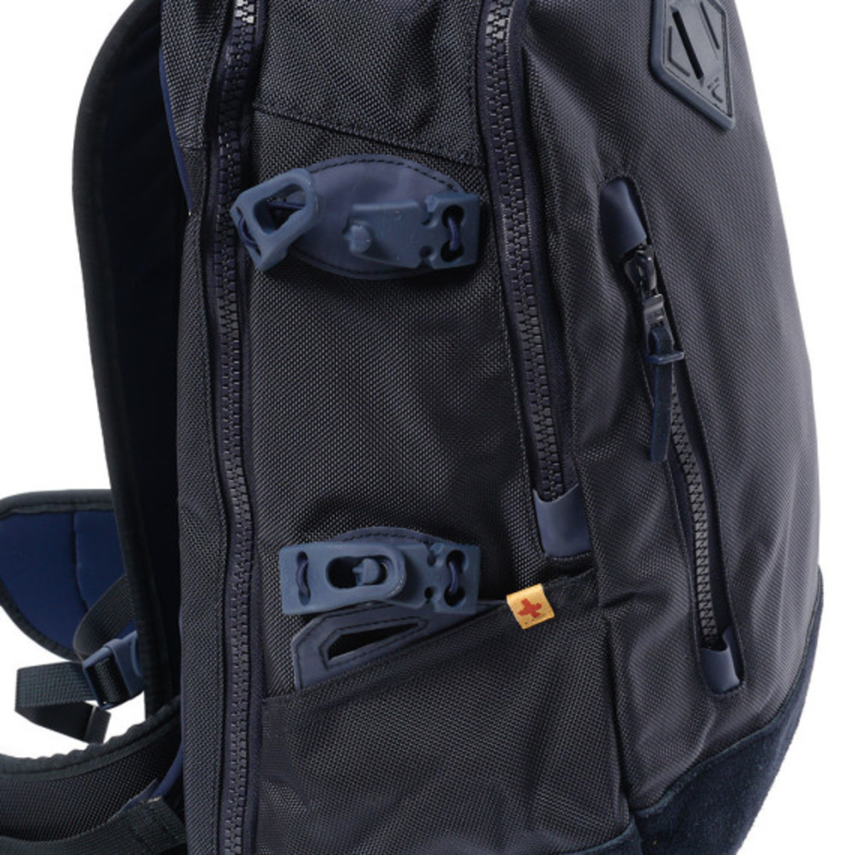 visvim-ballistic-20l-backpack-navy-09