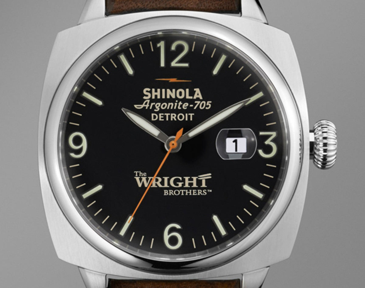 wright-brothers-shinola-great-american-series-limited-edition-watch-and-bicycle-01