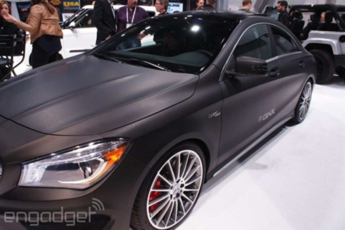 mercedes-benz-cla-45-amg-with-qnx-infotainment-system-04