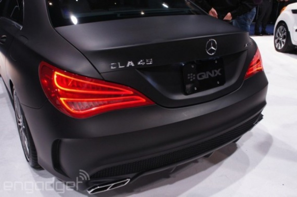 mercedes-benz-cla-45-amg-with-qnx-infotainment-system-07