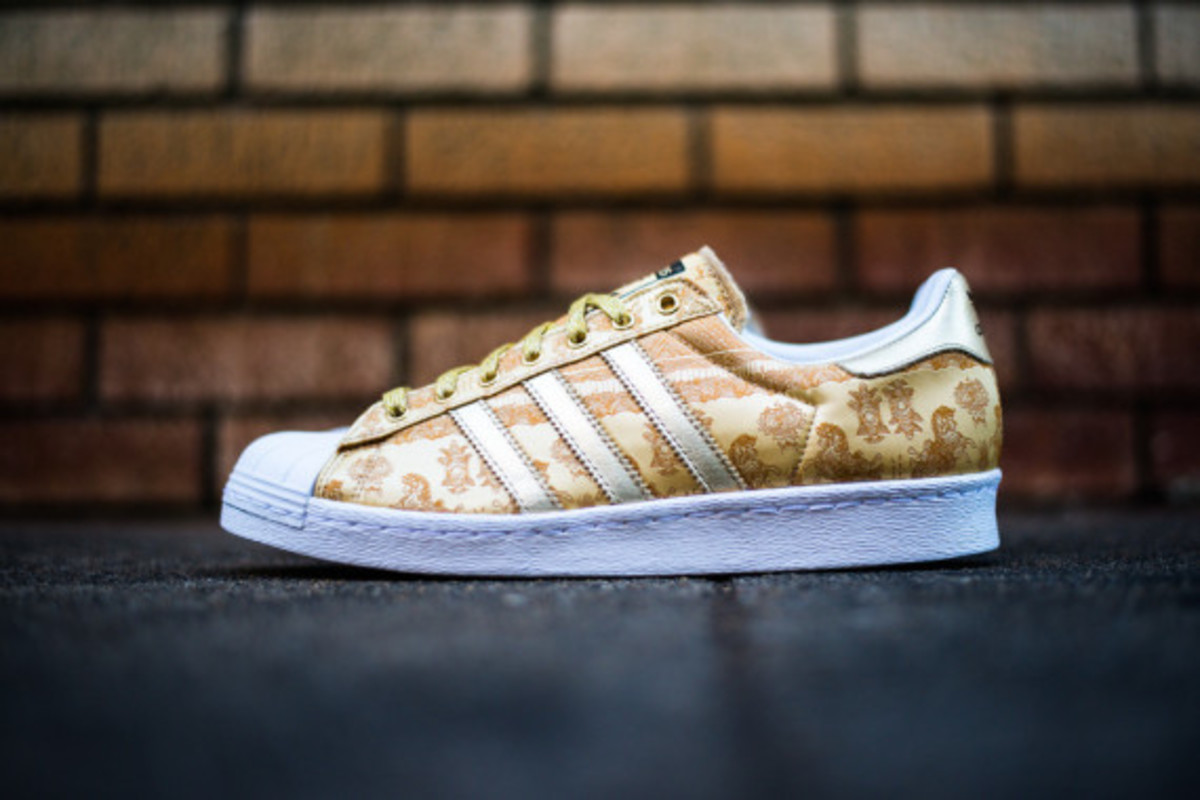adidas-originals-superstar-80s-year-of-the-horse-02