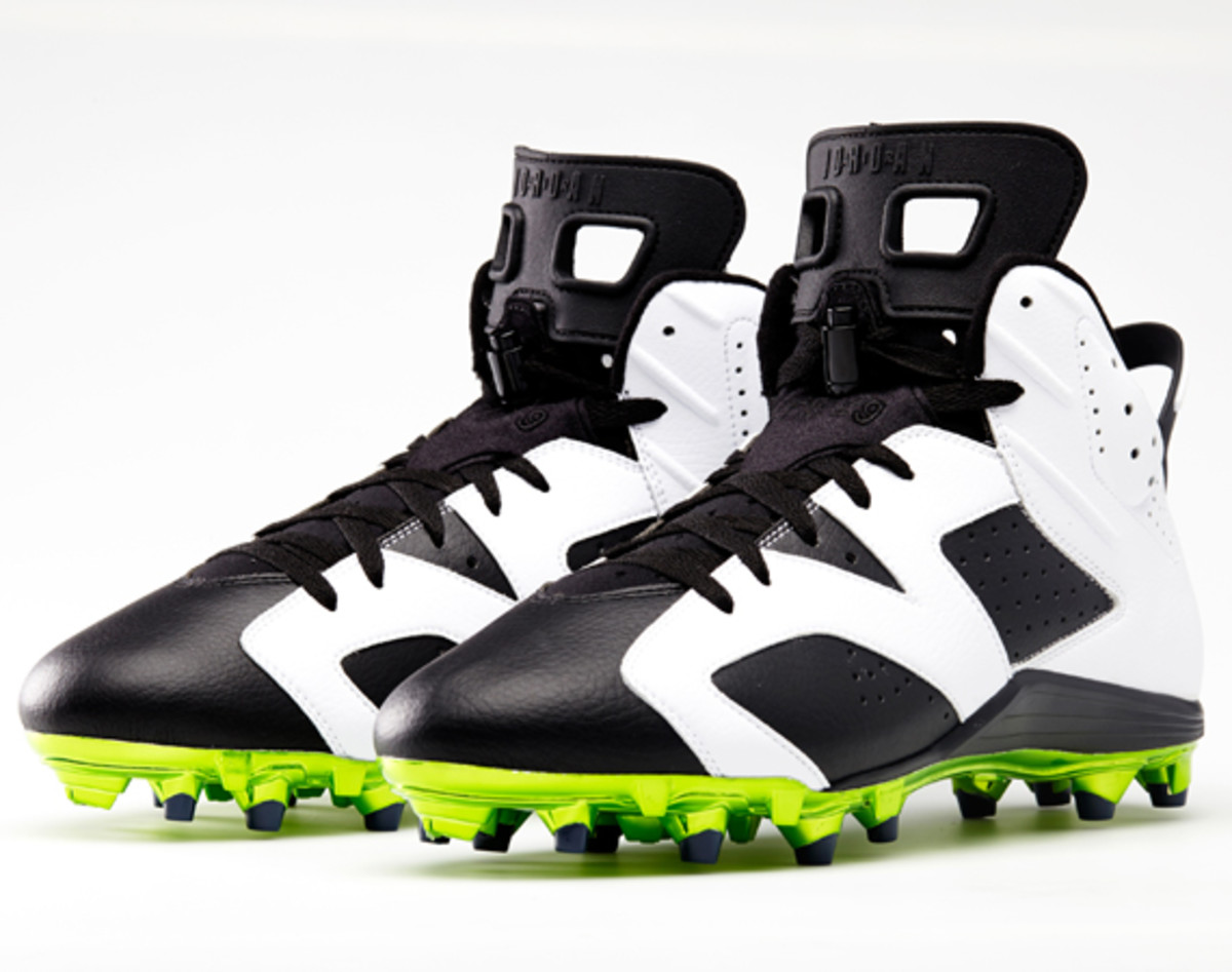 2433eee64 Air Jordan VI Cleats for Michael Crabtree and Earl Thomas ...