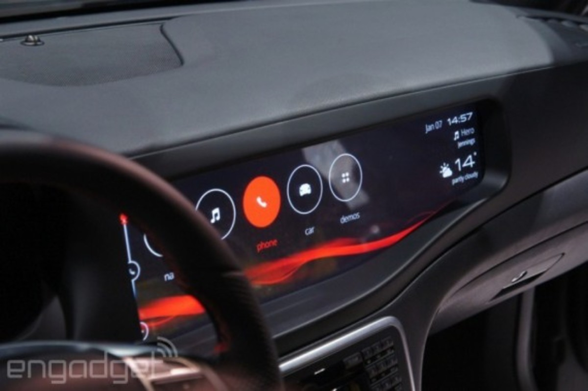 mercedes-benz-cla-45-amg-with-qnx-infotainment-system-10