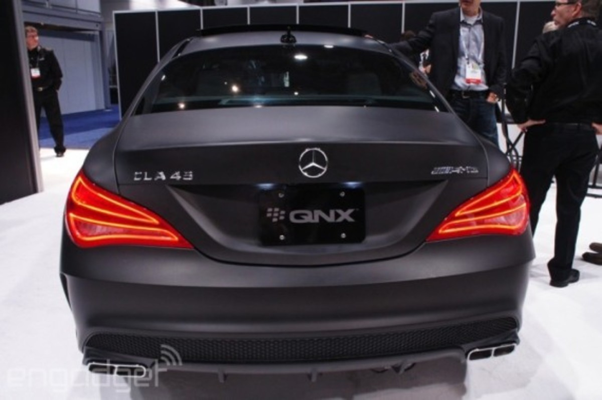 mercedes-benz-cla-45-amg-with-qnx-infotainment-system-06