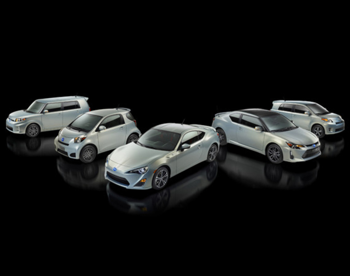scion-10th-anniversary-special-edition-models-01