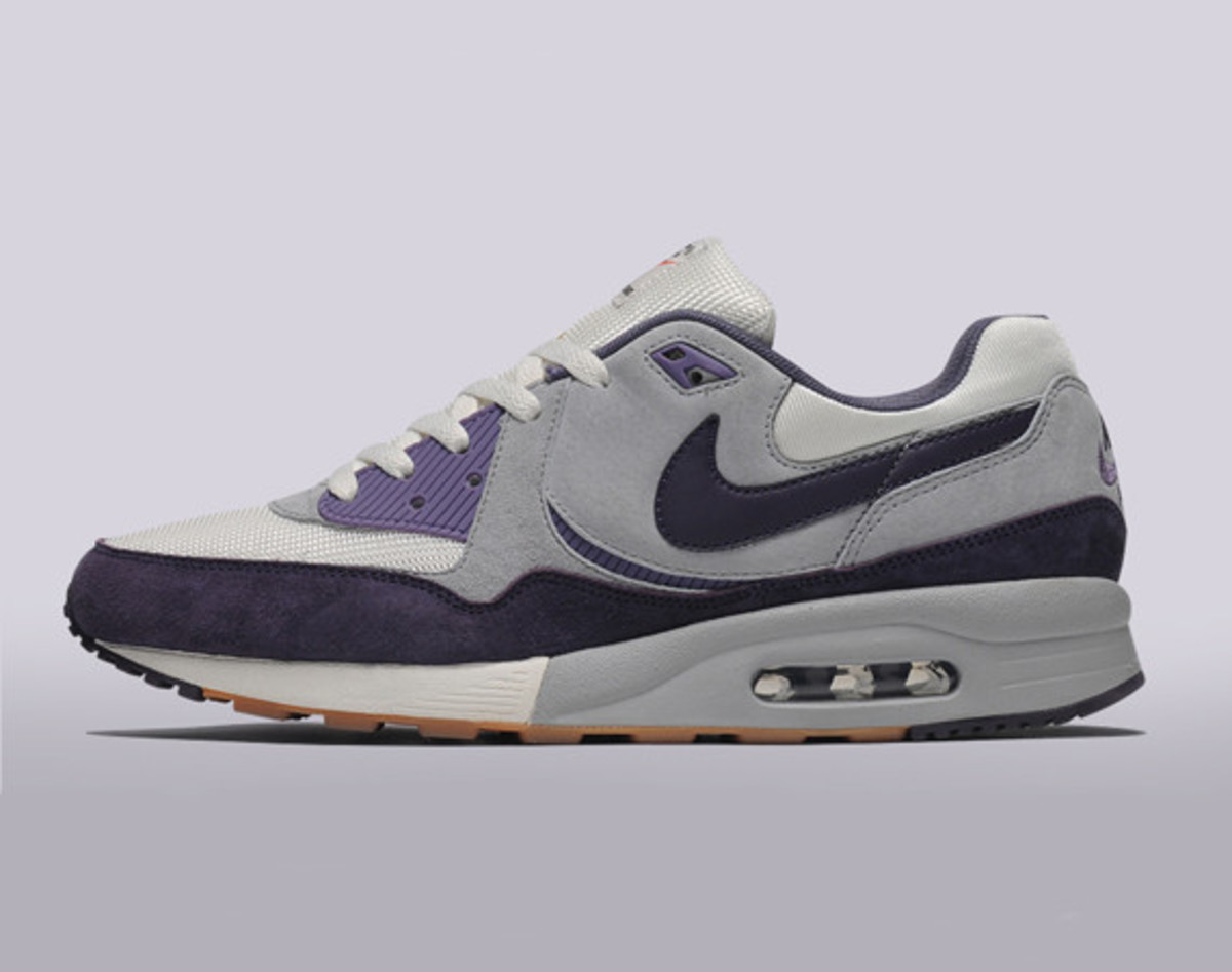 nike-air-max-light-size-exclusive-easter-edition-01