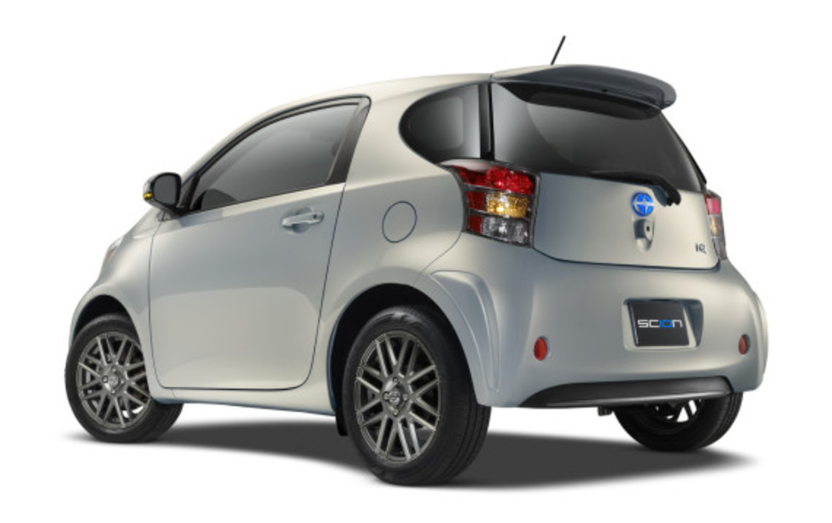 scion-10th-anniversary-special-edition-models-24