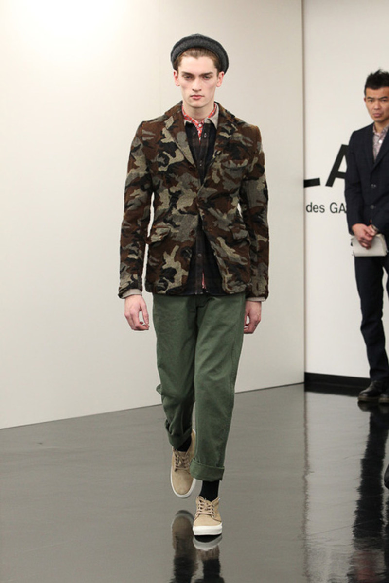 comme-des-garcons-homme-fall-winter-2013-collection-runway-show-15