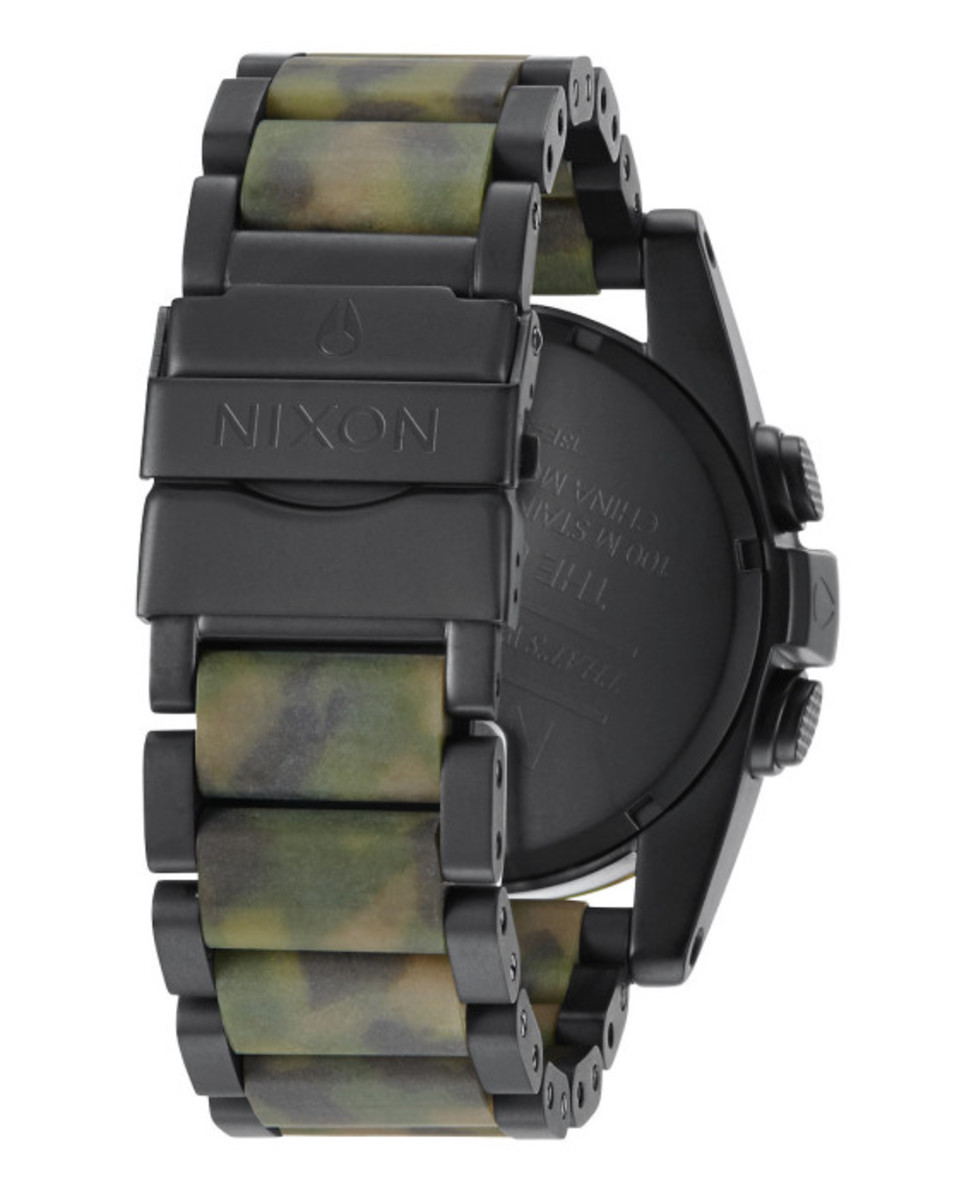 nixon-the-unit-ss-matte-black-camo-04