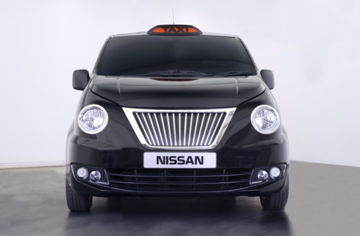 nissan-nv200-new-london-taxi-02