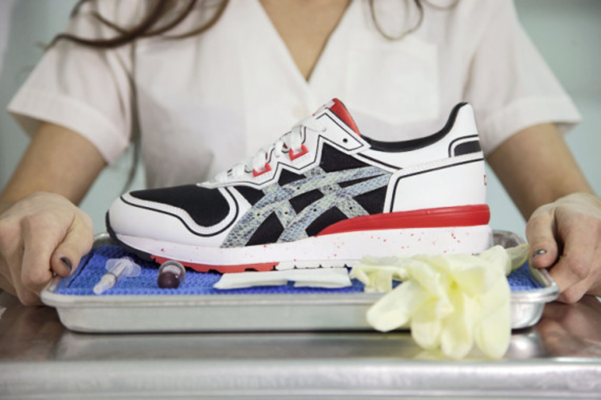extra-butter-asics-gel-epirus-dl5-california-mountain-snake-02
