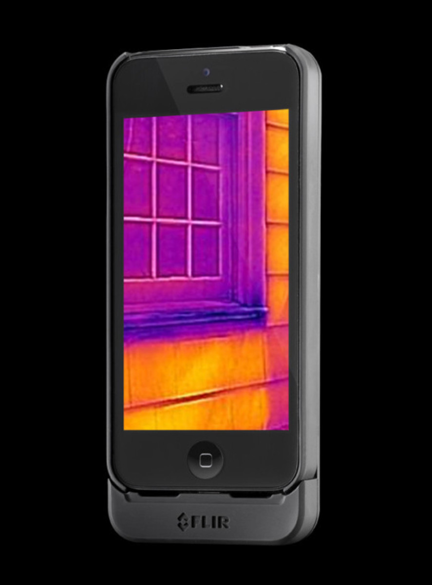 flir-one-personal-infrared-thermal-imaging-device-for-iphone-02
