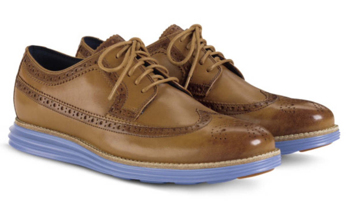 cole-haan-lunargrand-long-wingtip-camello-chambray-03