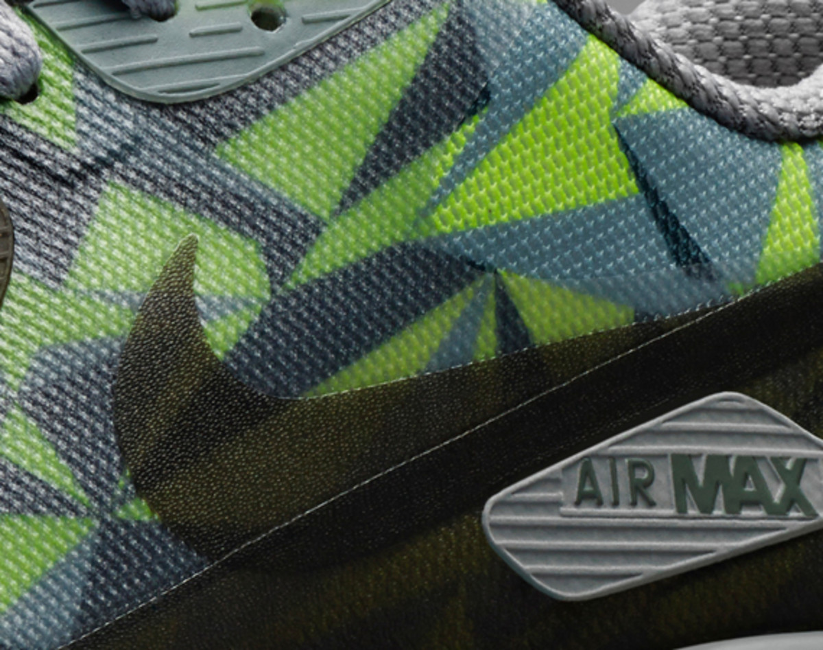nike-air-max-90-ice-officially-unveiled-01