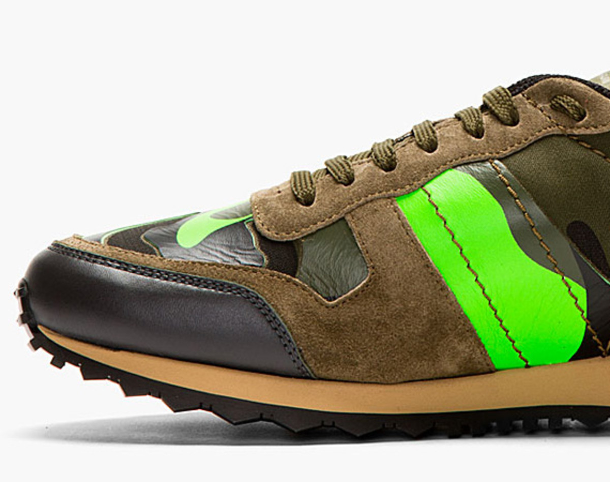 valentino-garavani-rockrunner-camouflage-sneakers-spring-2014-01a