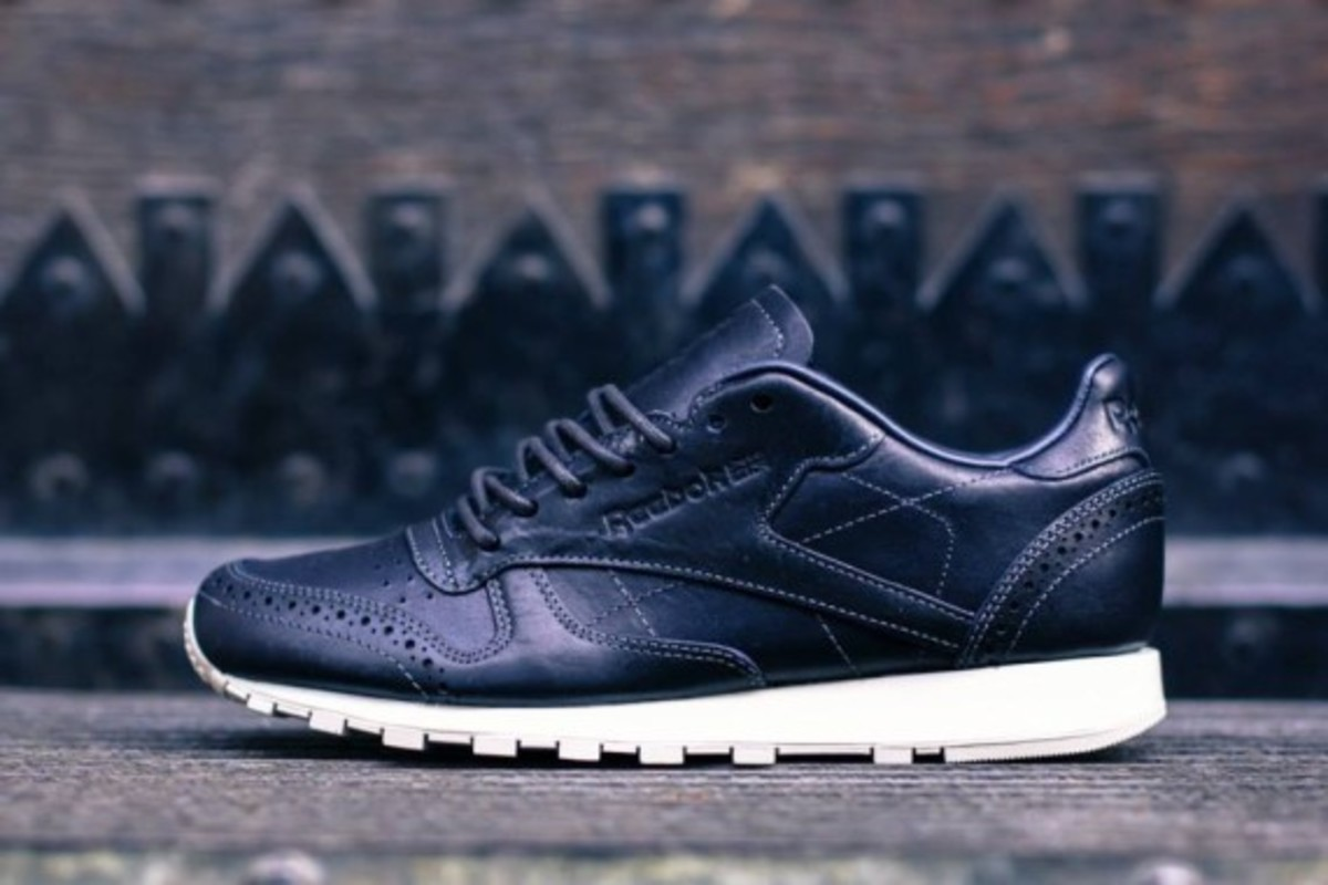 reebok-classic-leather-lux-horween-pack-04