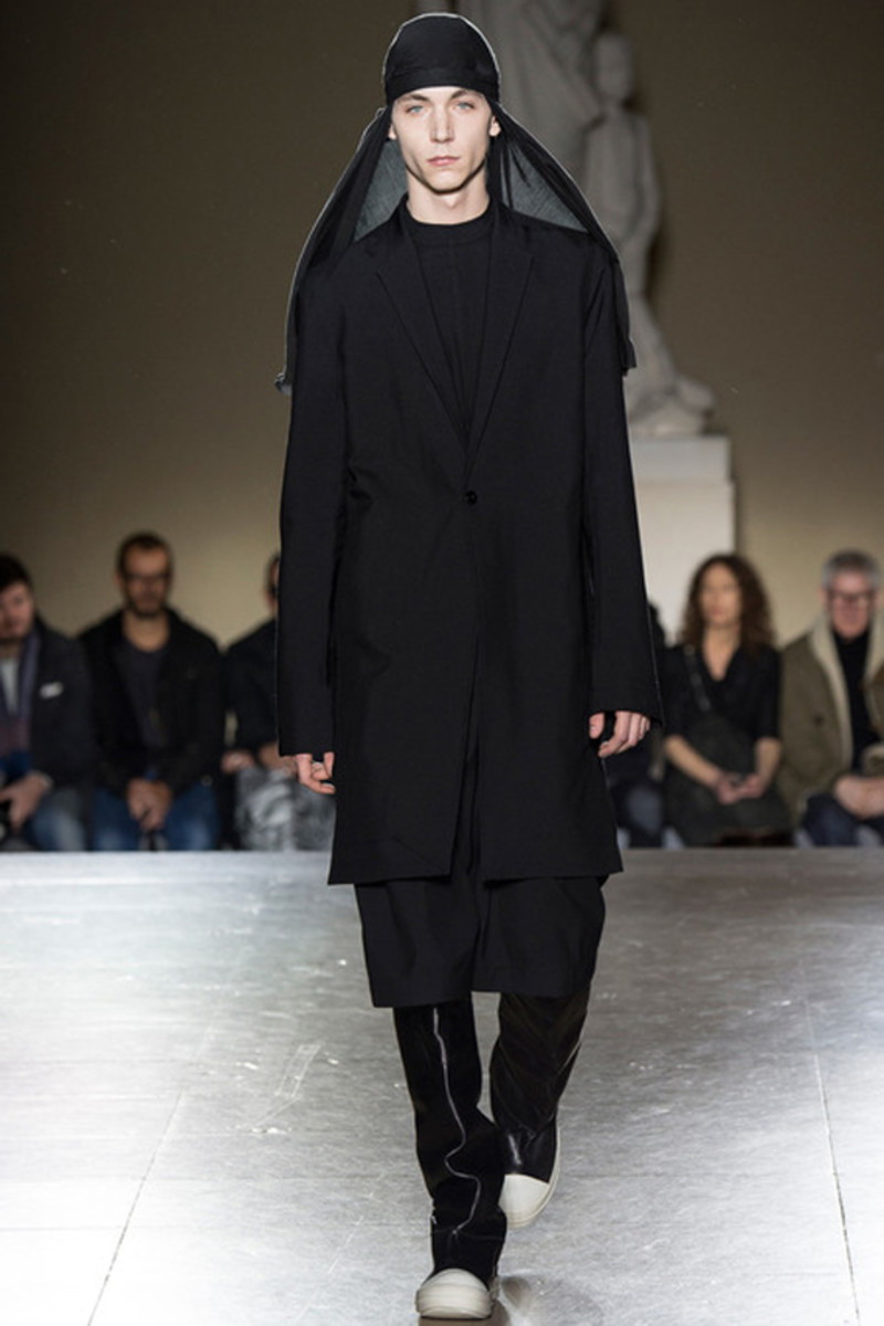 rick-owens-fall-winter-2014-menswear-collection-12