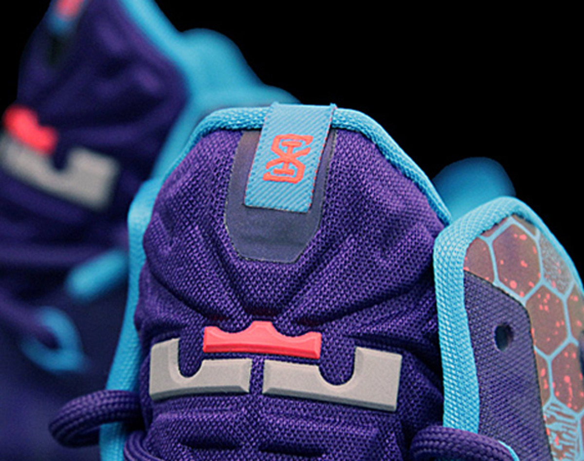 the latest d232b b599d It remains to be seen how Nike Basketball will designate this new Nike  LeBron 11. Some said it was the new variation of Summit Lake Hornets, ...
