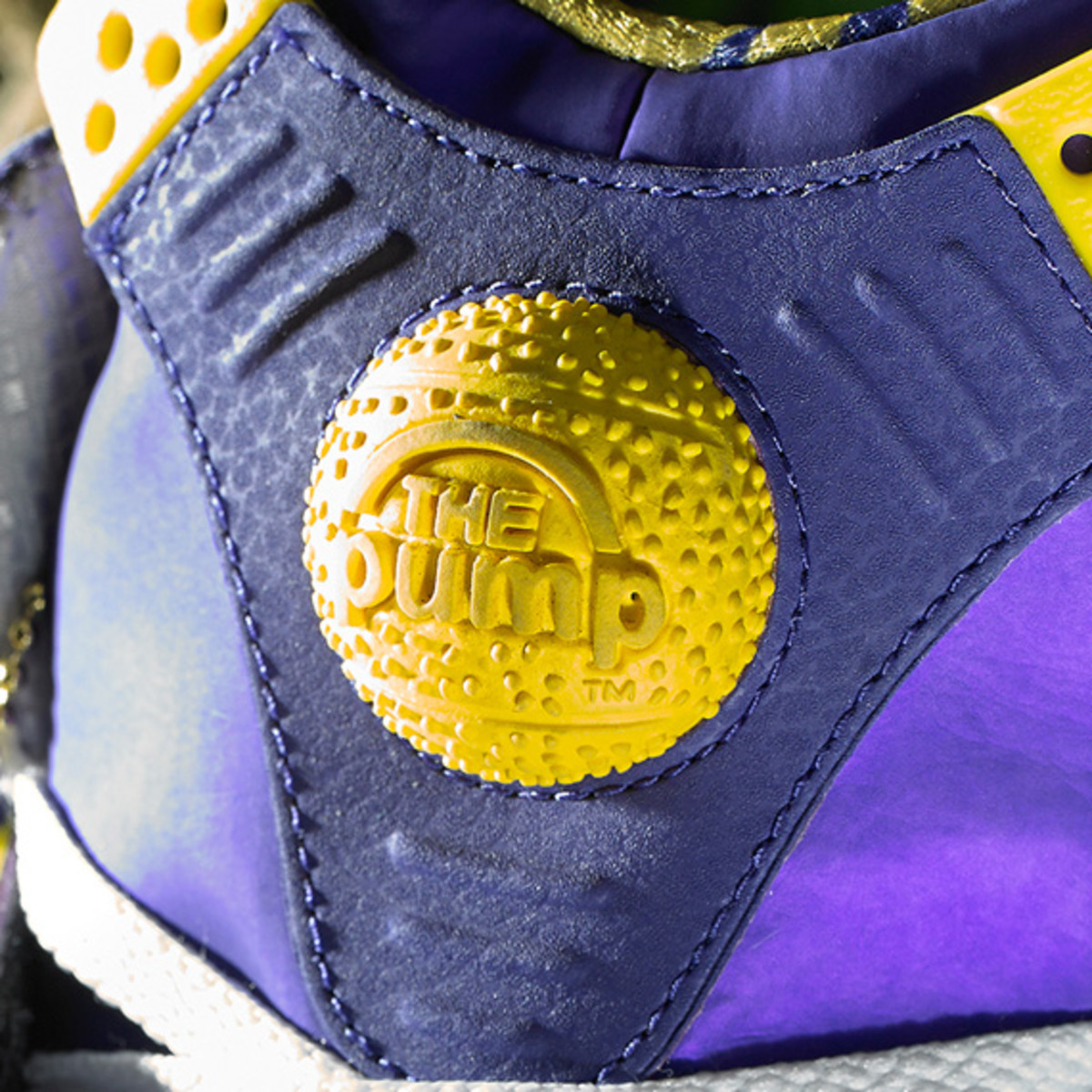 reebok-shaq-attaq-purple-yellow-louisiana-state-university-tigers-10