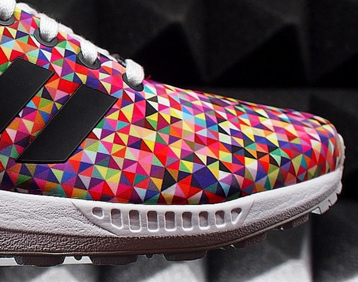d758c2582 ... adidas zx flux sneakernews ae471 eb7be  coupon for via sneakyberlin.de.  tags terms bread butteradidas zx fluxadidas originals 42a14 7a2b7