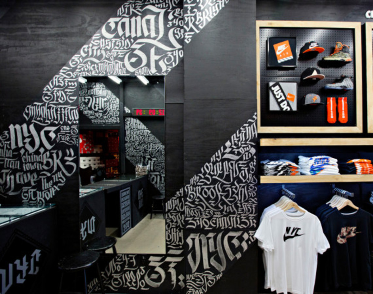 aerosyn-lex-for-nike-340-canal-street-pop-up-shop-closing-exhibition-04