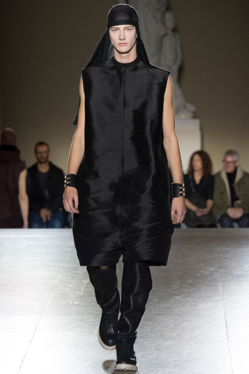 rick-owens-fall-winter-2014-menswear-collection-07