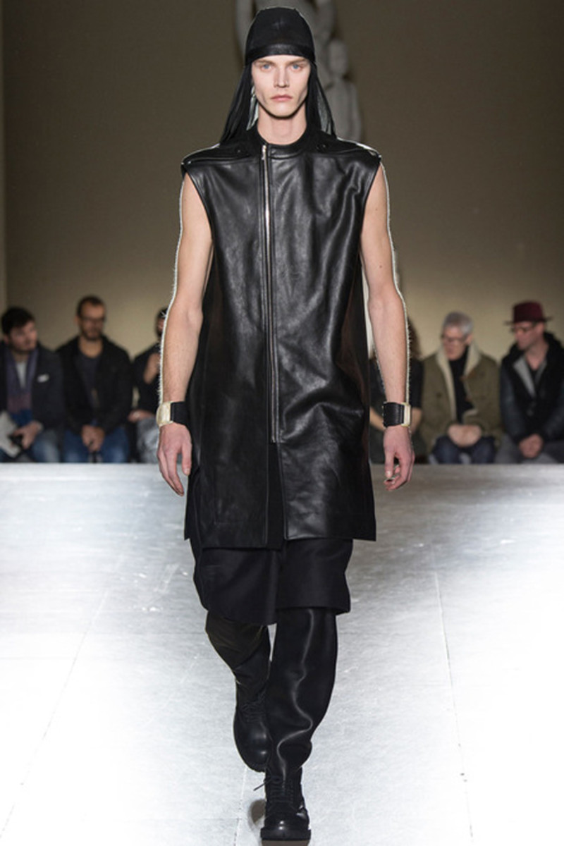 rick-owens-fall-winter-2014-menswear-collection-09
