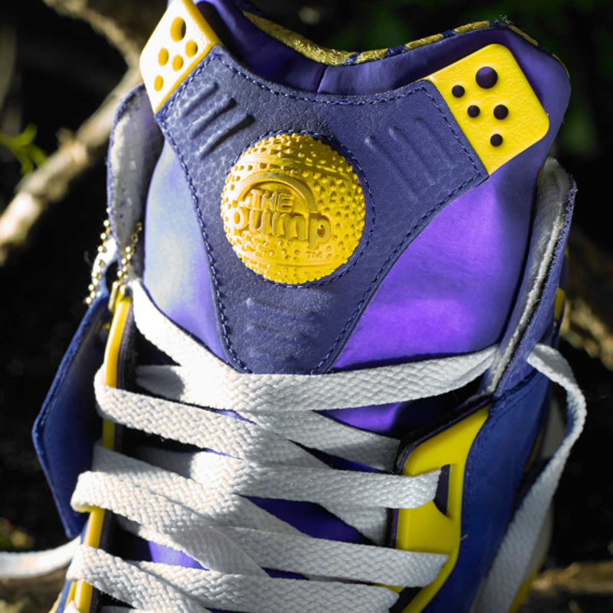 reebok-shaq-attaq-purple-yellow-louisiana-state-university-tigers-05