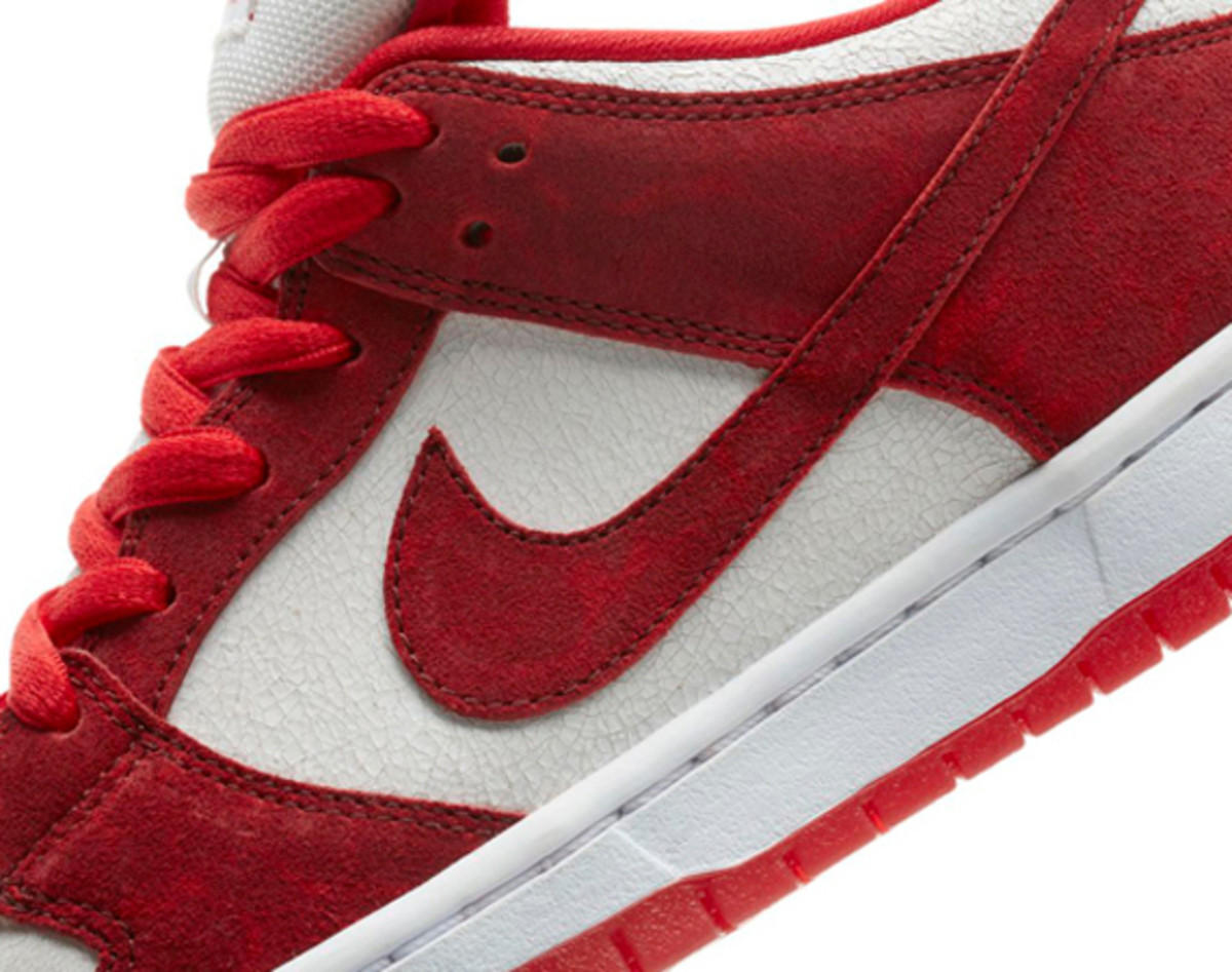 nike-sb-dunk-low-pro-valentines-day-01