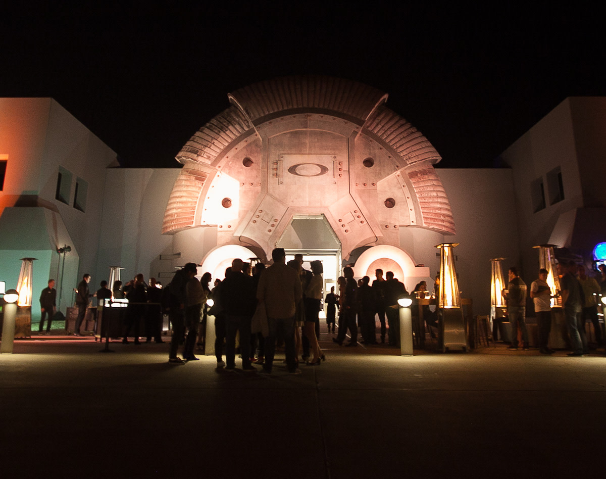 oakley-disruptive-by-design-event-dinner-at-one-icon-the-bunker-02