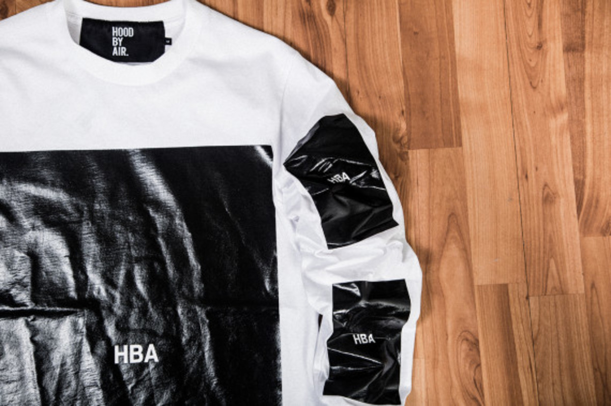 hood-by-air-block-t-shirt-available-now-04