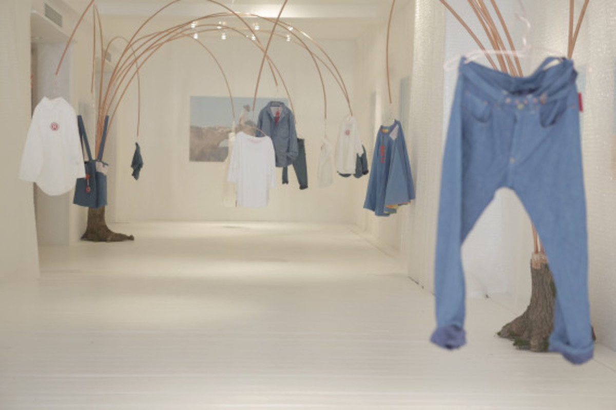 levis-red-pop-up-shop-new-york-city-12