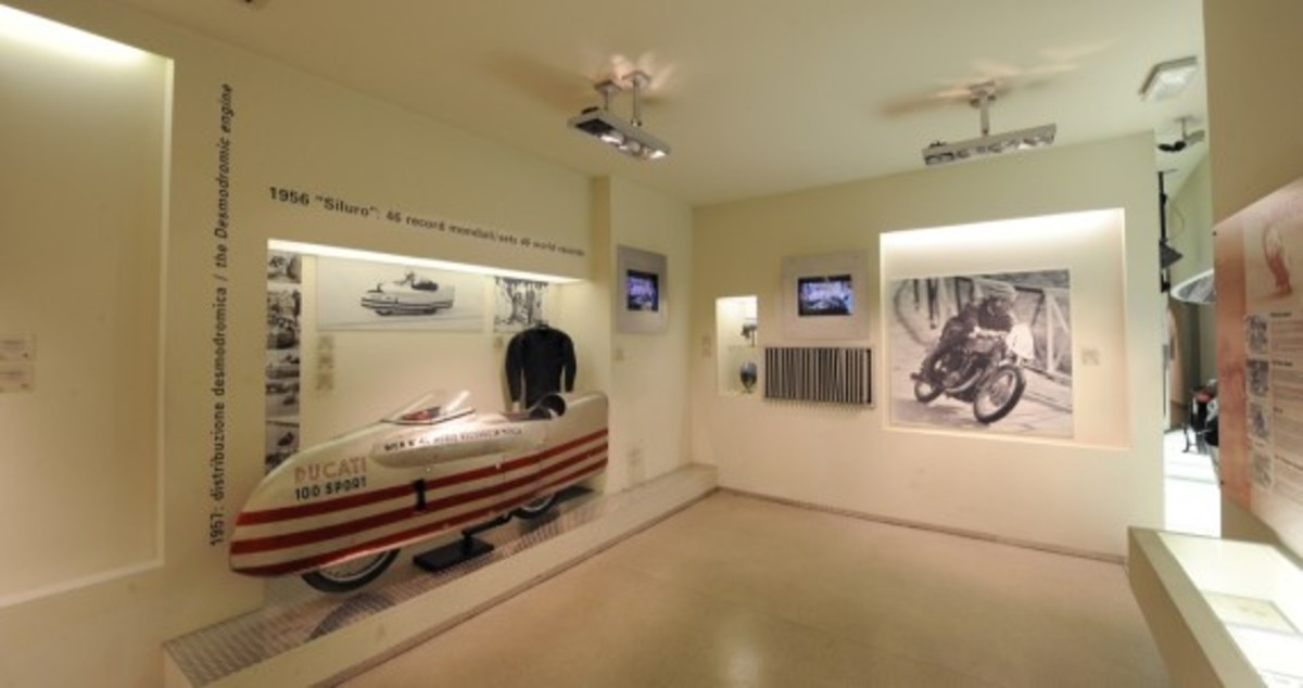 tour-the-ducati-museum-with-google-maps-03
