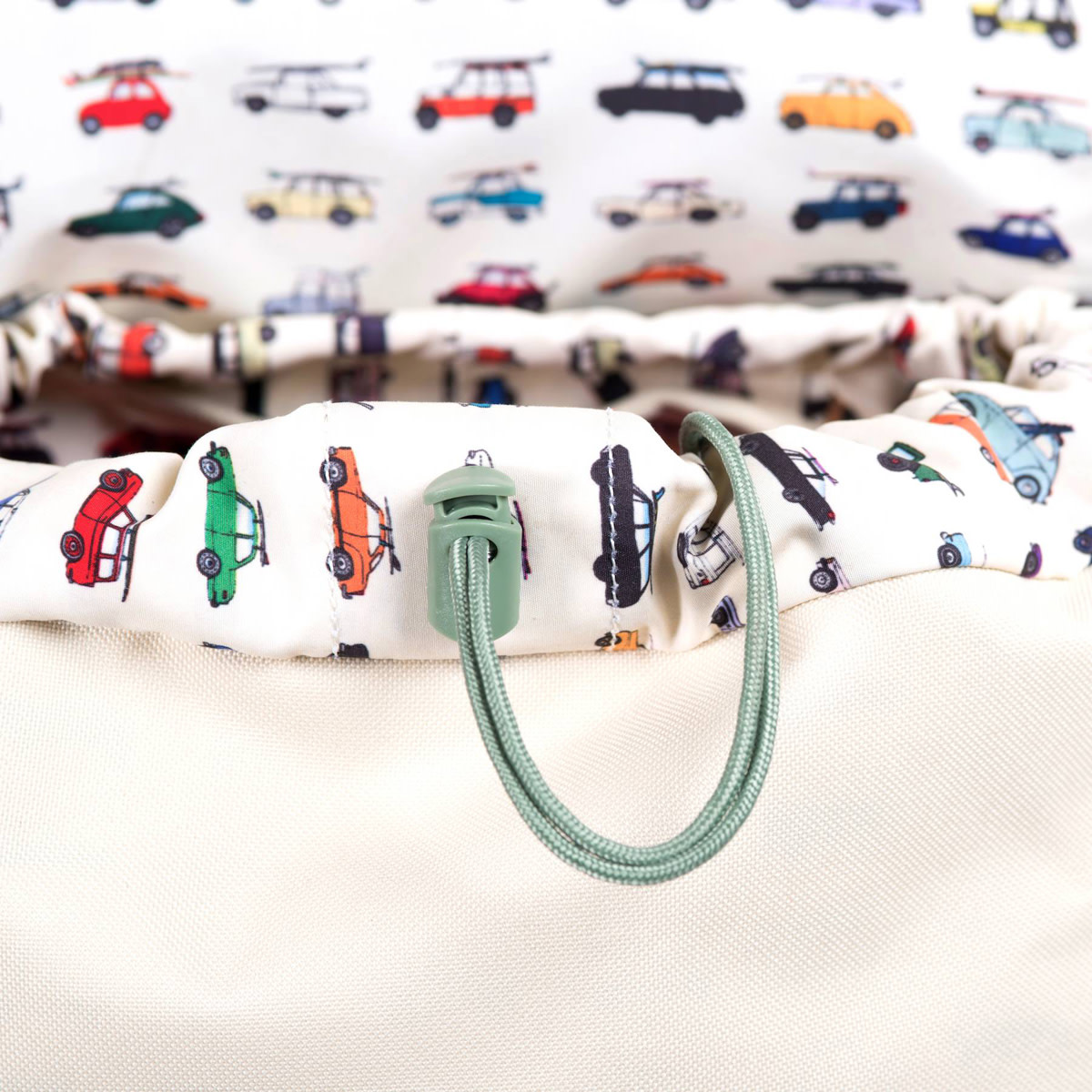 herschel-supply-co-x-kevin-butler-rad-cars-with-rad-surfboards-collection-09