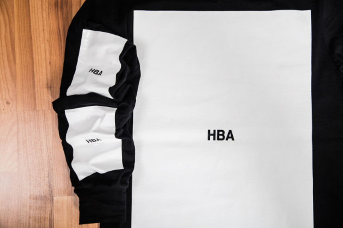 hood-by-air-block-t-shirt-available-now-03