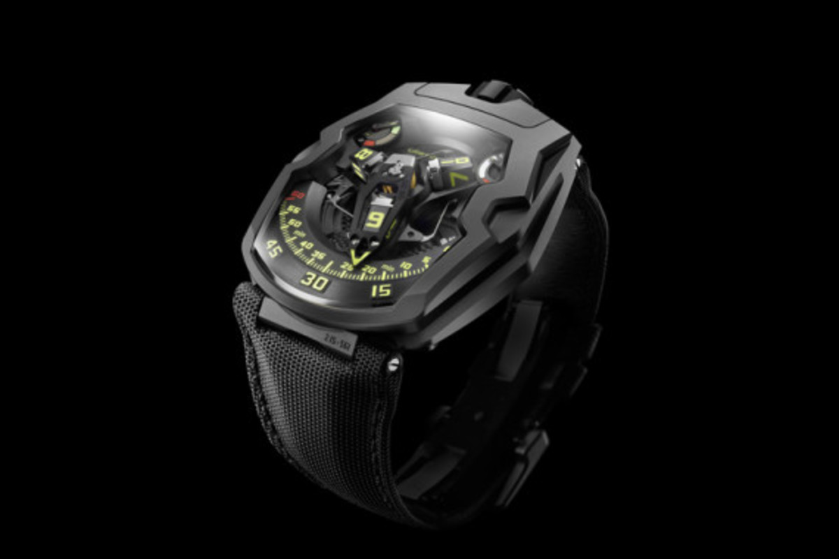 urwerk-ur-210y-black-hawk-05
