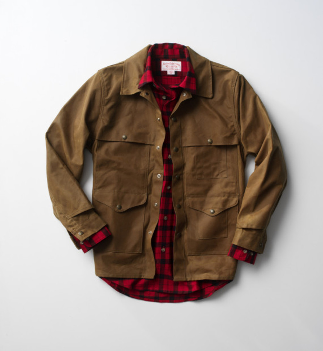 celebrating-the-100-year-anniversary-of-filson-cruiser-03