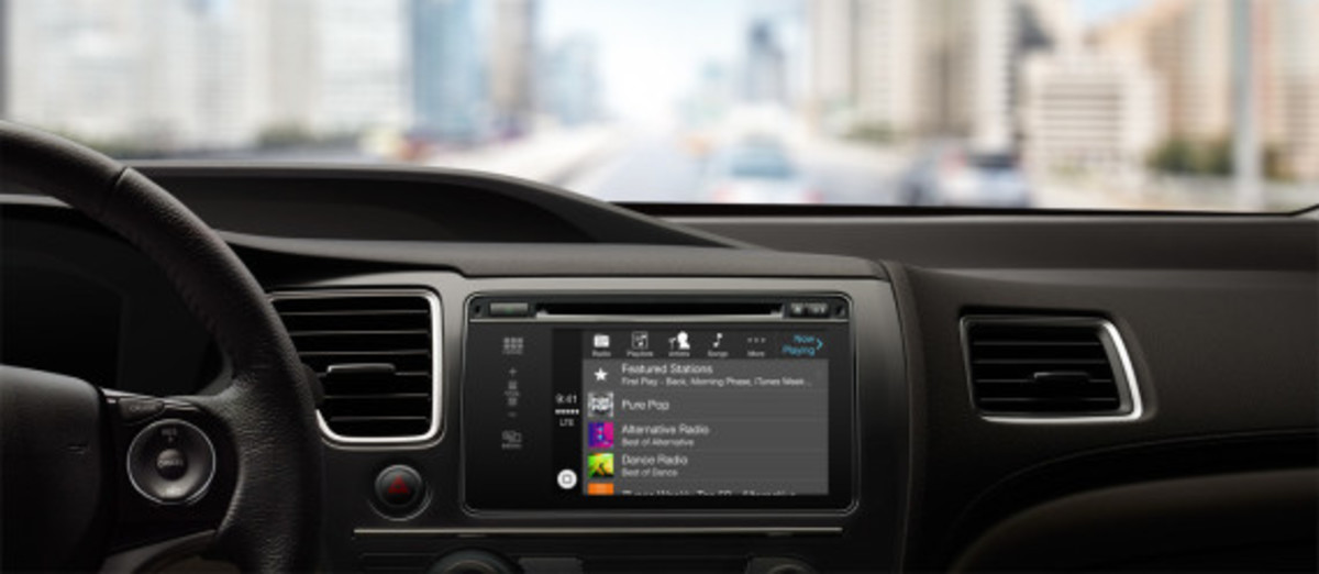 apple-carplay-in-car-iphone-interface-04