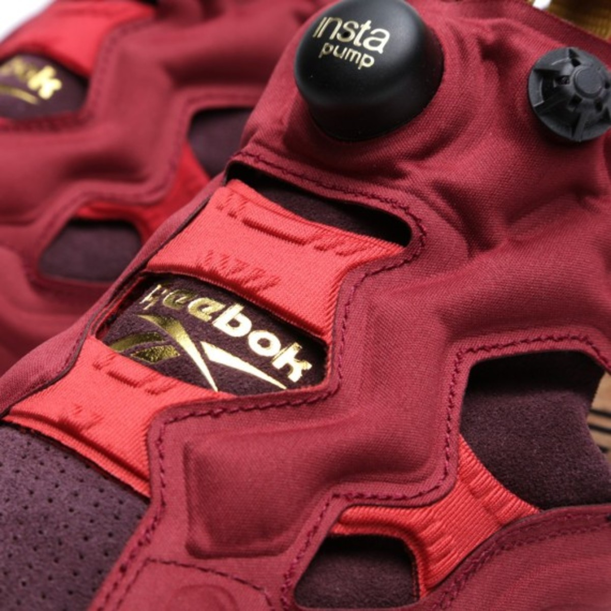 end-reebok-insta-pump-fury-claret-08
