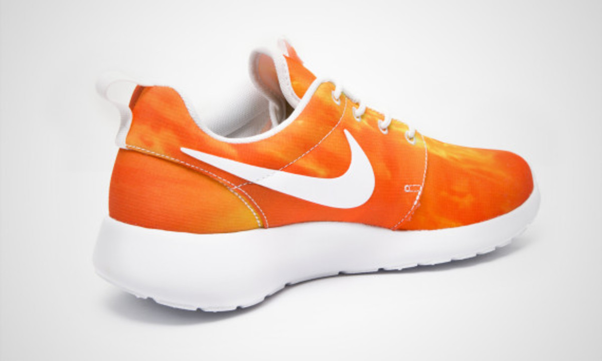 nike-roshe-run-sunset-04