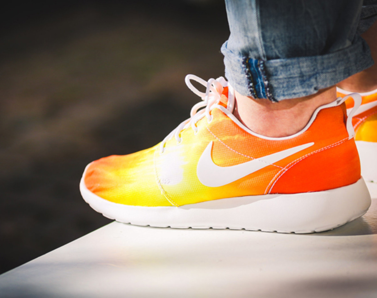 nike-roshe-run-sunset-01