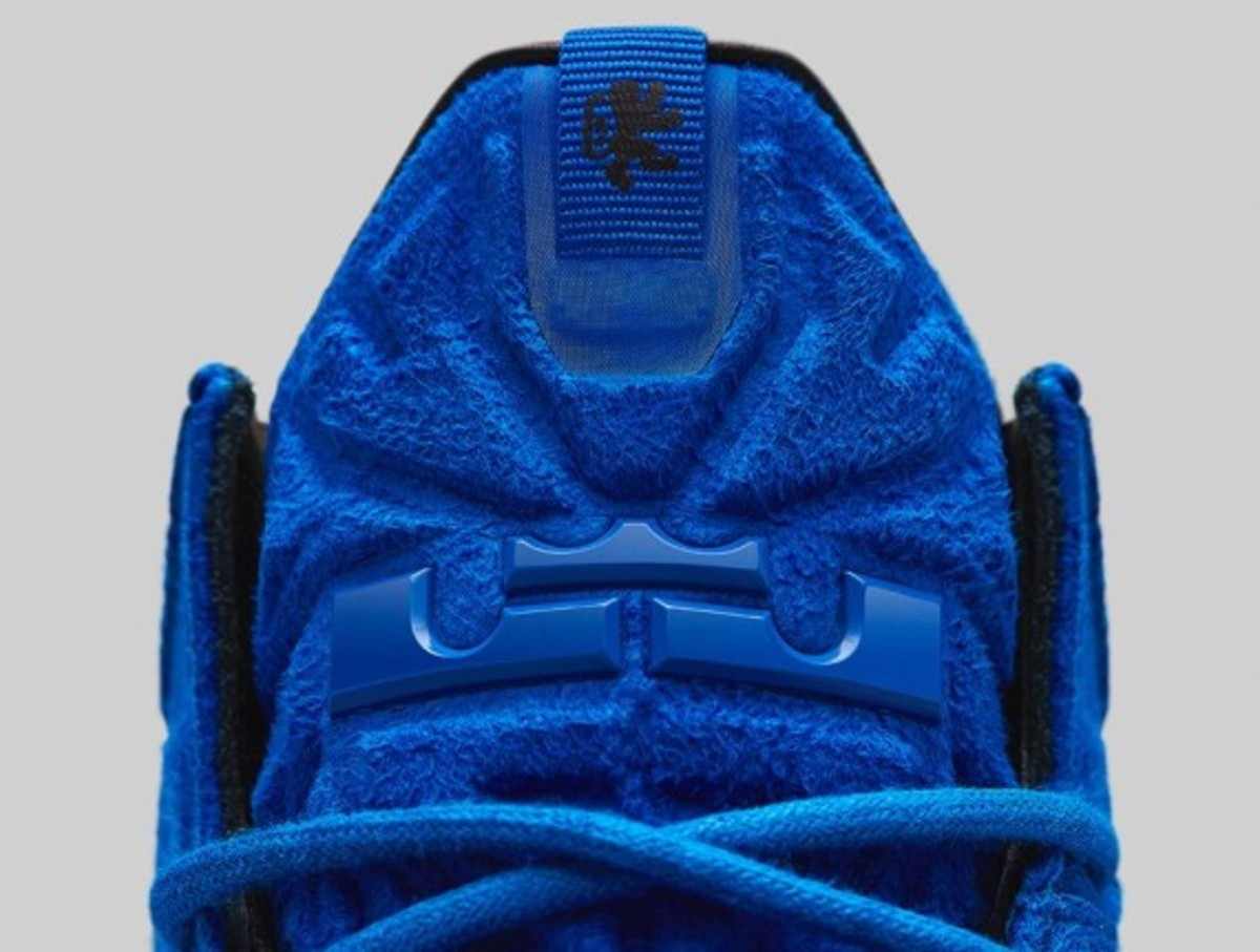 nike-lebron-11-ext-blue-suede-release-info-07