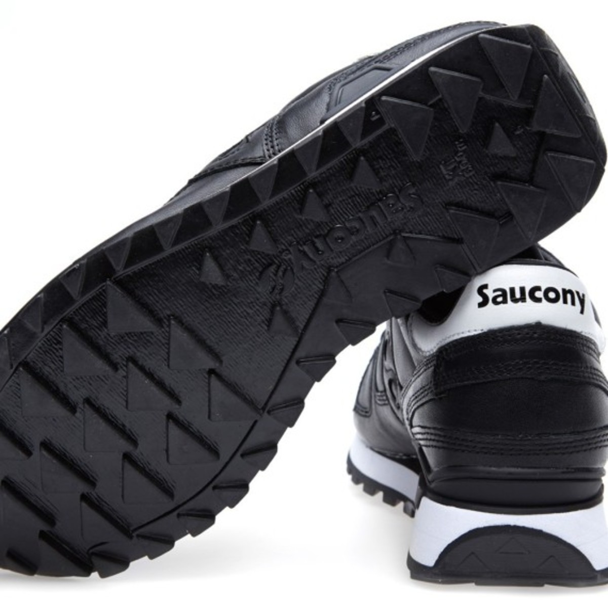 white-mountaineering-saucony-shadow-original-black-08