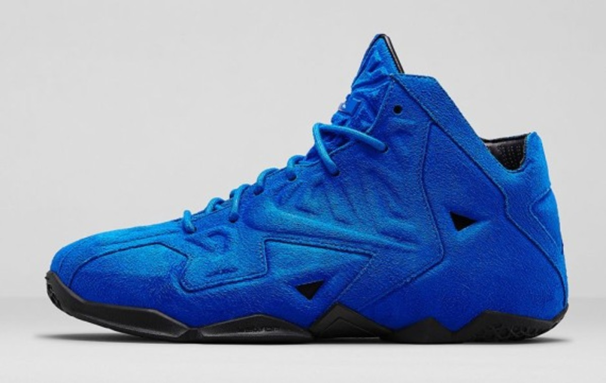 nike-lebron-11-ext-blue-suede-release-info-04