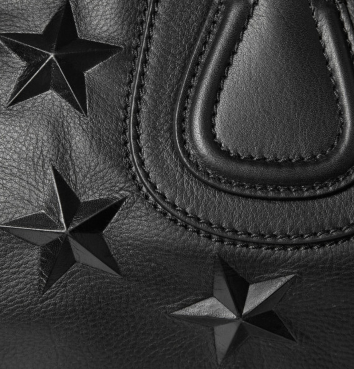 givenchy-star-embossed-leather-nightingale-tote-02
