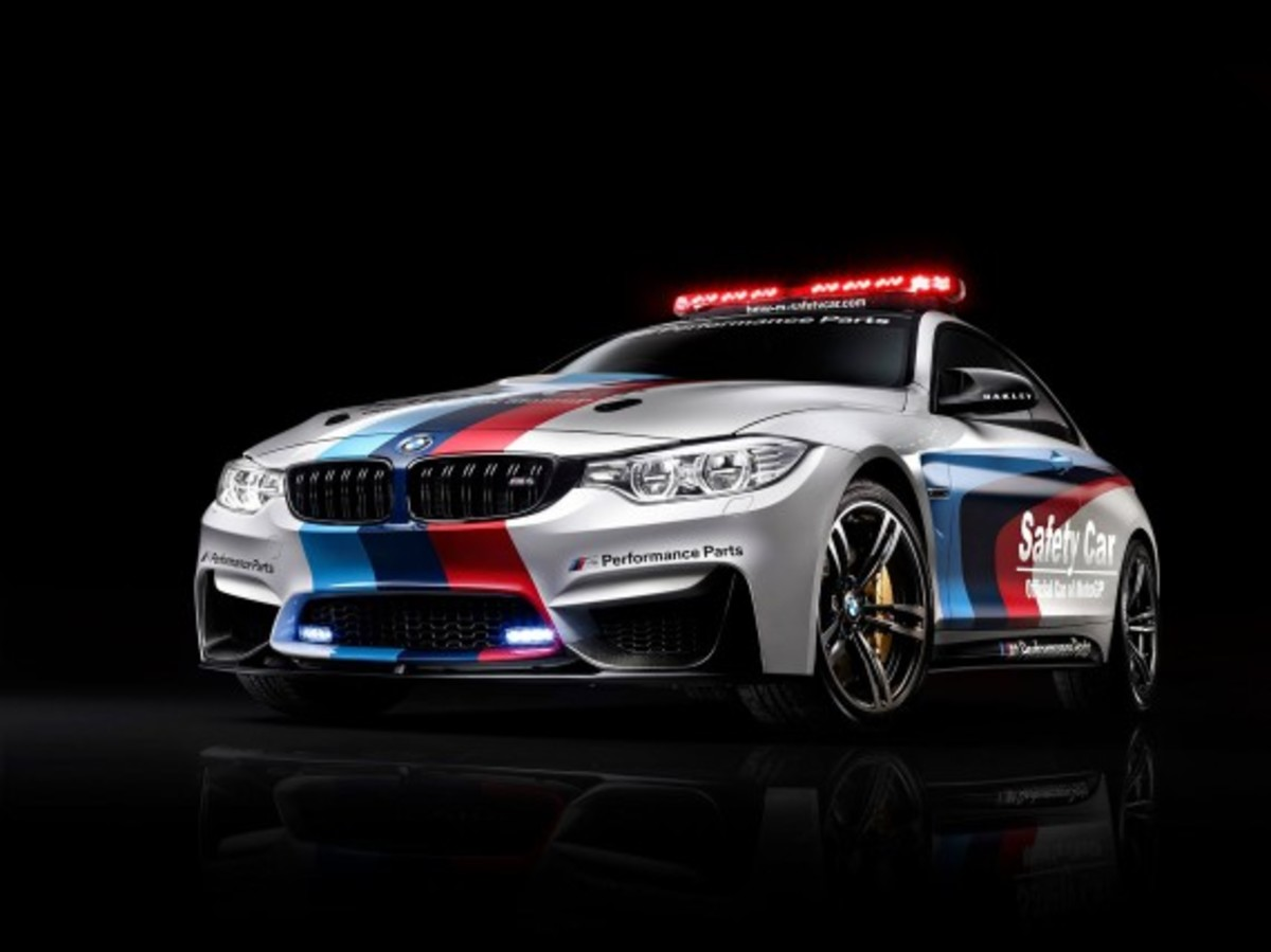 bmw-m4-coupe-2014-motogp-safety-car-04