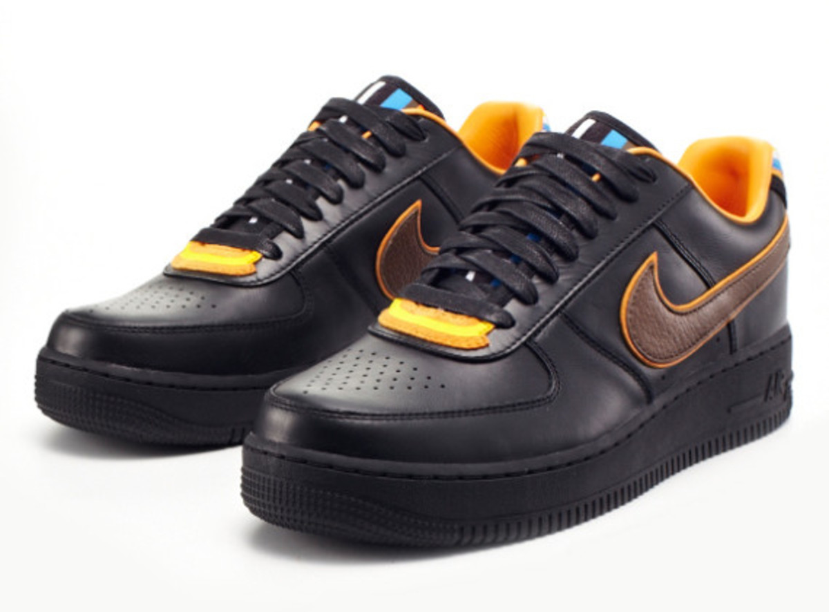 riccardo-tisci-nike-air-force-1-black-collection-03