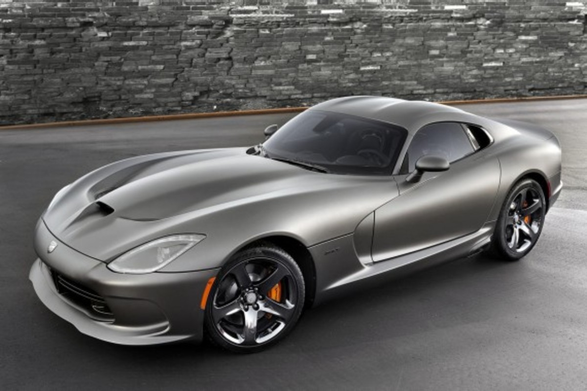 2014-srt-viper-gts-anodized-carbon-edition-02